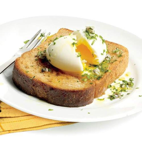 Be an Egghead with Seamus Mullen's easy 6-Minute Egg! Get the recipe here! 3 other ways to use your 6-Minute Egg for EGG-cellent eating! Serve on top of grits, polenta—or even oatmeal! Cut up and add to a spinach salad, along with some good-quality canned tuna. Chop and mix with boiled new potatoes and canned artichokes for a pumped-up potato salad.