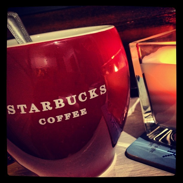 Nice #warm cup of #tea in my @starbucks #mug #starbucks #instagood #instalike #like #uk #comforts #autumn  (Taken with Instagram)