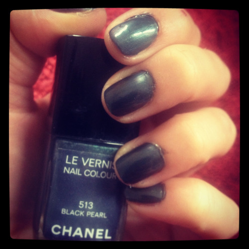 Manicure Monday: Chanel Black Pearl. No accent nail required.