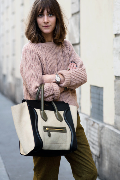 calivintage:  street style by THE LOCALS.  Bag, sweater, watch, want it all! ALSO: DO I NEED THIS HAIRCUT Y/N?!