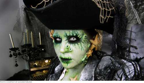 Get to know the world's most incredible Halloween makeup maven: Goldiestarling!
