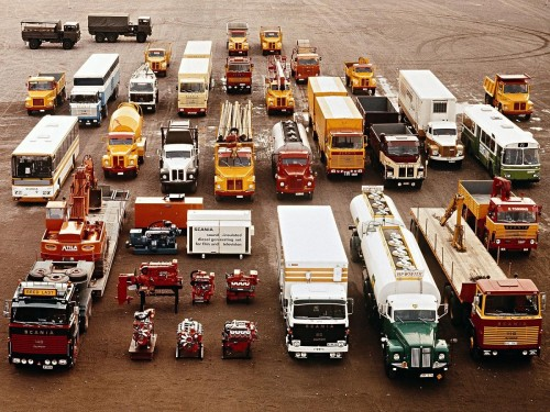 abitlate:  thingsorganizedneatly:  justtrucks:  Scania Family Organized Neatly   ed: I've been drafted to contribute to another great Tumblr, JustTrucks. Thanks to supersexylikeherionsweet for the tip.  For my son.