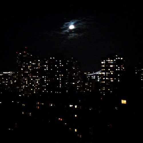 Manhattan moonlight #nyc (Taken with Instagram at Manhattan, New York)