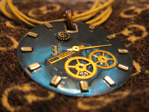 rintuck:  Blue Clockwork Necklace I Made For Sale On Etsy https://www.etsy.com/listing/106147219/clockwork-necklace-blue-watch-face