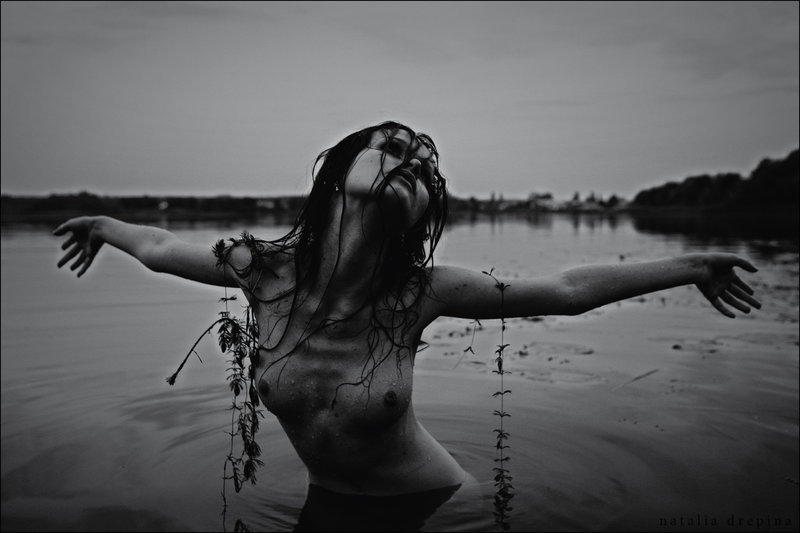 darkface:  Crucified Mermaid by =NataliaDrepina