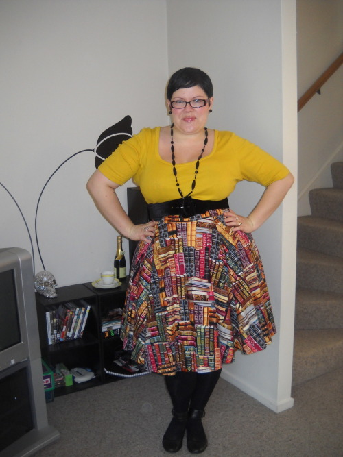 ilikeprettyclothes:  #2 of my 2 new BLBB skirts. As soon as I saw the book print, I knew I had to have it! skirt - Betty le Bonbon, top - Dorothy Perkins, belt - Pinup Girl Clothing, petticoat - Domino Dollhouse, tights - Walmart, shoes - Hush Puppies, necklace - Suzy Shier, earrings - diva