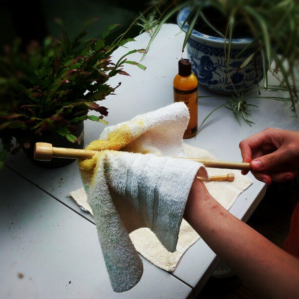 Giving my #takumi #clover #knitting needles a good waxing. #bamboo #knit  (Taken with Instagram)