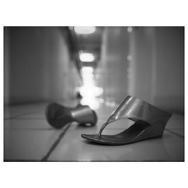Left & Forgotten. The shoes is the property of @_ayass_ . #Streetphoto #streetbanditos #IDandrography #streetphoto_bw #gf_indonesia #bnw_society #fortheloveofblackandwhite #jakarta #indonesia #adezigh #andrography #streetstyles_gf #webstagram #instago  (Taken with Instagram)