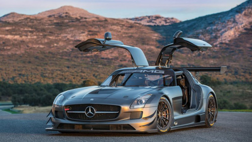 automotivated:  Mercedes Benz SLS AMG GT3  Love love love thiscar :D