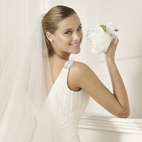 The beauty of simplicity. #pronovias #dado #veil #velo #véu #voile #love #amor #amour #amore (Tomada con Instagram)