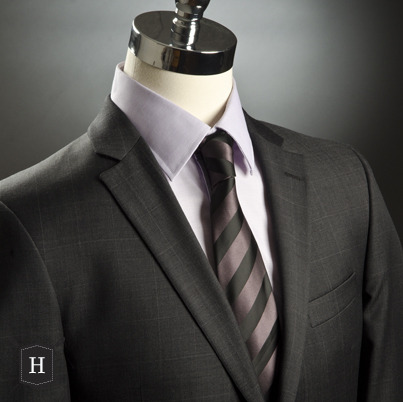 Complet/Suit: $650 made in Canada by S.Cohen Chemise/Shirt; $89 by Report Collection Cravate/Tie: $50 by IZAC4MEN