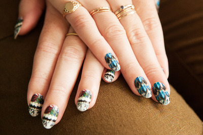 Moveslightly Custom Minx Nails (via moveSlightly: Moveslightly Custom Minx Nails)