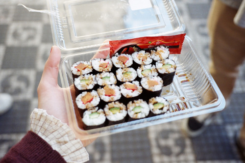 blinkanditsover:  (by Clara Canepa)  So hungry.