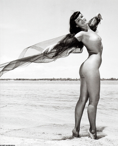 vintagegal:  Bettie Page posing on a Florida beach for Bunny Yeager, 1954