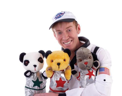 Sooty in Space will be this years Christmas Show at London's Westend. Here is the gang in their space costumes. Visit http://www.facebook.com/sootysweepandsoo for more information