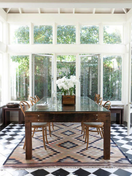 Source: Desire to Inspire Such a lovely space! I love the checkered tiles and that rug!