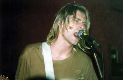 youremyvitamins:  Kurt Cobain, Columbus, October 9, 1991
