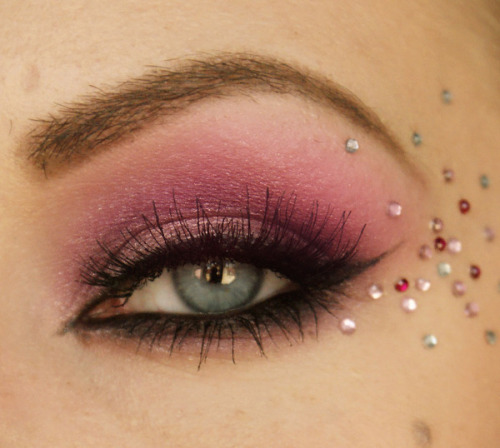 Charlotte A.'s pink October eye look!