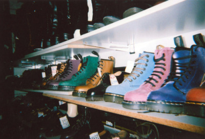 virgin-on-acid:  ♡soft grunge/disposable/models♡