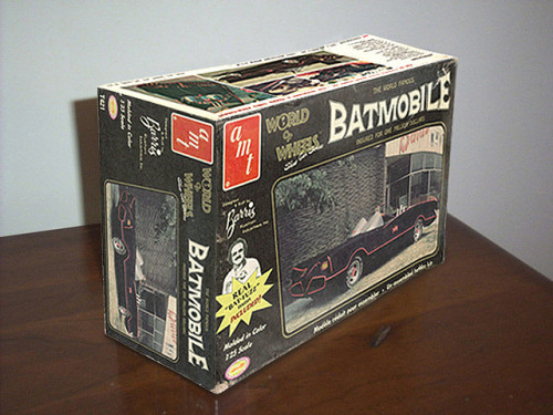 Fantasy Batmobile model kit by echolsps