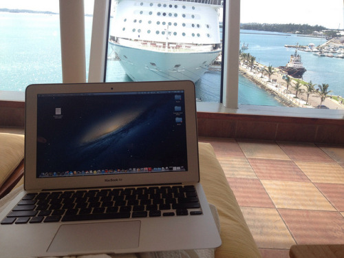 MacBook Air on a cruise by TKpics616 on Flickr.