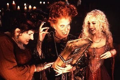Halloween Movie Challenge: 9 out of 31 Hocus Pocus: Total childhood classic in my household! Traditionally we would all watch it the week of Halloween or on Halloween night!!! Was really in the mood to watch something a bit fun as i was still a little sore after the dentist!! Some brilliant characters, trick'o'treating, witches and a random musical number make this a perfect family favourite! Plus Billy the zombie adds a nice sfx make up touch to the movie!!  xxxxxxxxxxxx