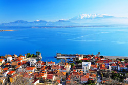 Nafpaktos (Panoramic view) by Spiros Vathis on Flickr.