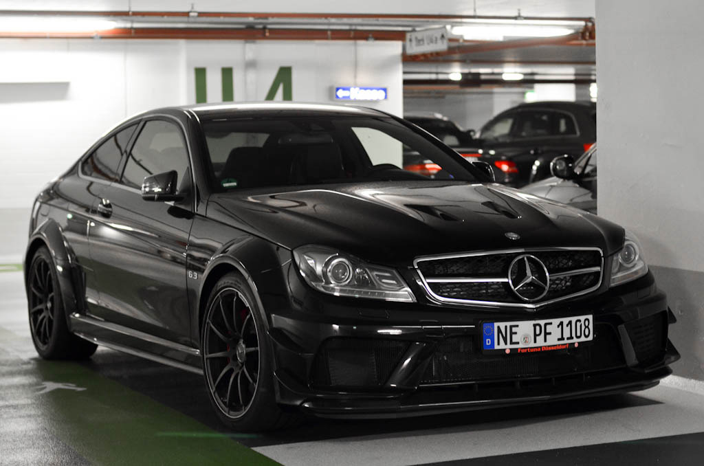 automotivated:  Mercedes-Benz C 63 AMG Coupé Black Series (by ///amg87)