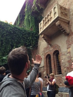ctfxcdailygifs:  At Juliet's balcony in Verona,Italy!!