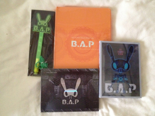 "kpopholicc:  epiktempo:  Because i am a massive fan of B.A.P i decided to share the love and do a giveaway!  The rules are simple, just reblog or like this post to show interest and to go into the draw which will happen on the 26th of October. Everyone who enters name will be written on a piece of paper and drawn out of my top hat just like last time! If your name is drawn i will send you a message to confirm with you, If you do not reply to that message within 24 hours the prize will then go to the runner up. SHIPPING IS FREE all money issues will be paid for by myself! the only thing you need to do is enter! Prizes you will receive: B.A.P lightstick B.A.P first album ""Warrior"" B.A.P second album ""Power"" B.A.P third album repackaged ""No Mercy/Crash"" Thank You and GOOD LUCK!  AS;LDFKJ;LSKJF IF I GET CRASH. I WILL SERIOUSLY CRY.  Meehh. I'm most likely not gonna get this.. ( Reaaallyy bad luck) Poo. Fighting!!"