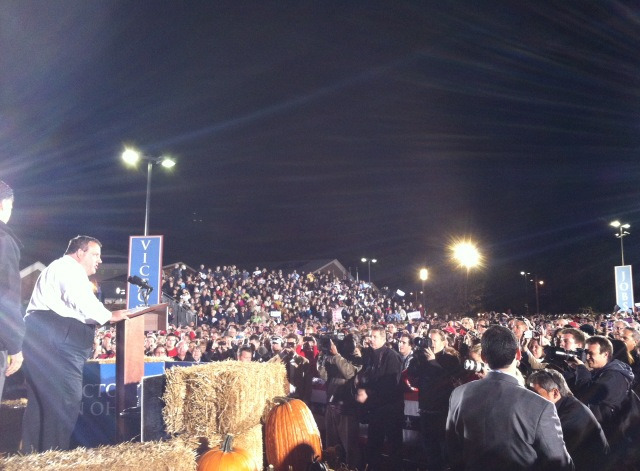 Gov Christie introduces Gov Romney to a crowd of 12,000 in Ohio tonight