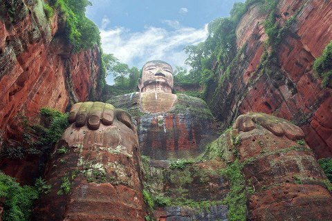 Buddah of Leshan, Minjiang, Dadu     How bizarre. An old friend on facebook just went to Leshan and took photos of this same Buddha. I've never seen it in my life and I've seen it twice today.
