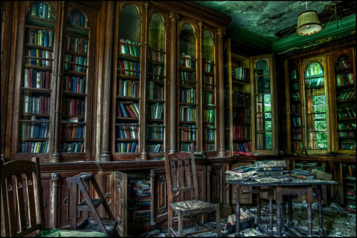 sailingthroughruins:  The Abandoned Furhouse Library by Martyn.Smith. on Flickr.