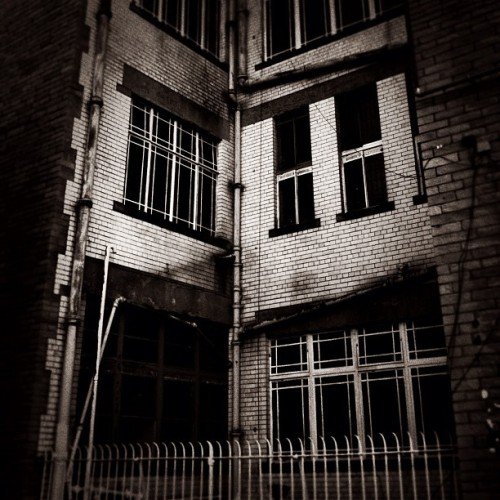 (ManninghamLane_20032012) #connaughtrooms #bradford #hiddenbd #bw #bnw #bw_porn #blackwhite #blacknwhite #blackandwhite #mono #monoporn #monochrome #iphoneonly #edit #unitedbyedit  (Taken with Instagram)