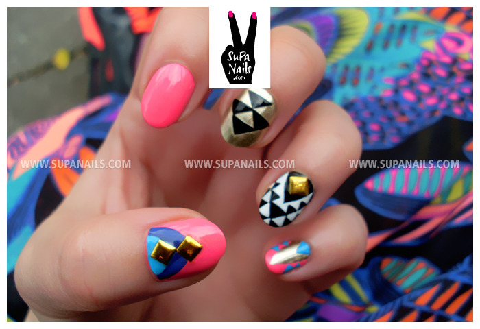 Multi color geometrics