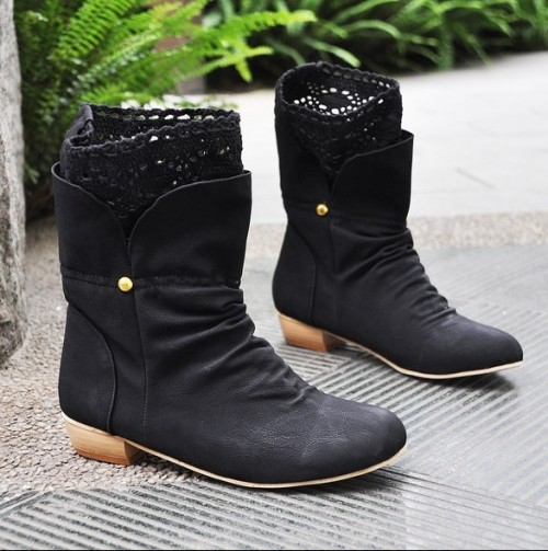 where-to-shop:  College Style Beauty Lace Short Boots - $13.51