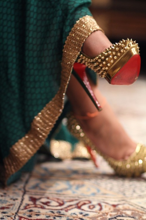 everythingasoiaf:  What Queen Cersei might wear, Christian Louboutin.