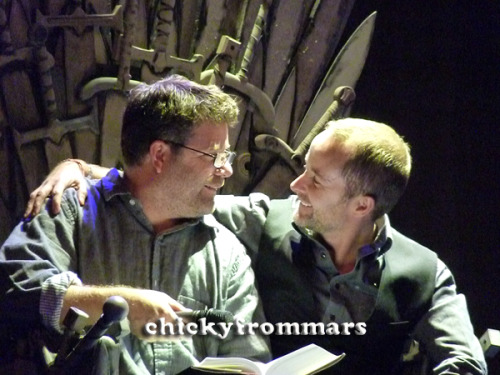 chickyfrommars:  Hobbits reunited :-) Sean Astin and Billy Boyd at Ring*Con 2012, Oct. 7th (c) me  Please don't repost!!!