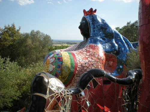 Niki de Saint Phalle, The Empress in The Tarot Garden, monumental mosaic sculpture, completed 1998.  Garavicchio, Italy