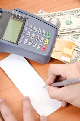 What to know about credit card processing: 5 Tips for getting the lowest pricing