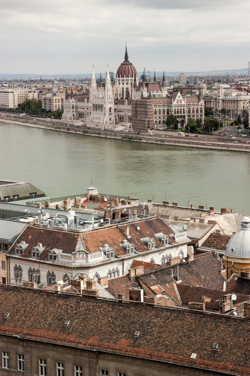 allthingseurope:  Budapest (by svleusden)  Prettier than it was!