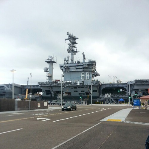 stayssfresh:  Big bad #CVN68 #USSNIMITZ (Taken with Instagram at Naval Air Station North Island)  Woot here for  a day :D
