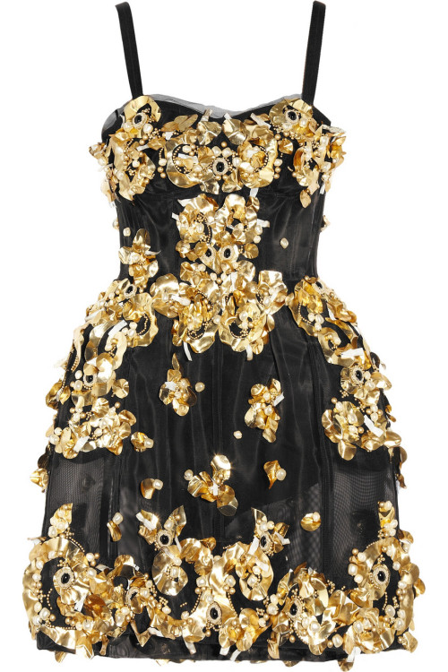 My holiday wishlist: Dolce&Gabbana dress I love the structured silhouette and ornate details
