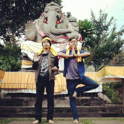 #religion #hindu  #statue #lol @MbemAdhar21 #instagood #westjava #indonesia  (Taken with Instagram)
