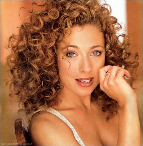 "Alex Kingston to guest star in NCIS in November Sweeps Episode  ER and Doctor Who vet Alex Kingston has been cast in a November sweeps episode of TV's most watched drama series as Miranda Pennebaker, a ""woman of questionable morals,"" series boss Gary Glasberg tells TVLine exclusively. Pennebaker, Glasberg previews, ""deals in everything from high end weapons sales to priceless gems. Her connections go all the way up the ladder of D.C. politics, and Gibbs needs her for this very disturbing, emotional case."" In fact, Kingston's character proves so valuable, she is already being eyed for an encore."