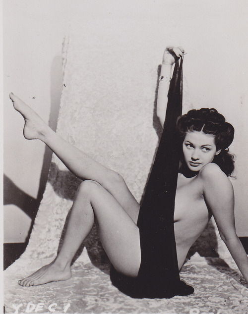 The delectable Yvonne de Carlo