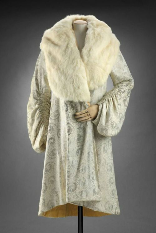 Coat 1929 The Museum of Fine Arts, Boston
