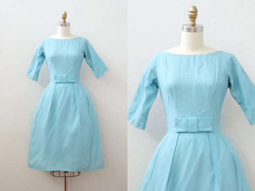 julie andrews! this is sweet! vintage 1960s dress @friendlyfoxvintage @etsy