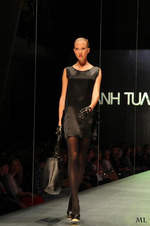 ANH TUAN 2012 F/W at MC fashion days