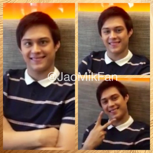 Ang gwapo nya kahit kenkoy look. Smile & Peace out dyan mga kaJaoMiks! Support natin siya! He deserve it and his character deserve it more.